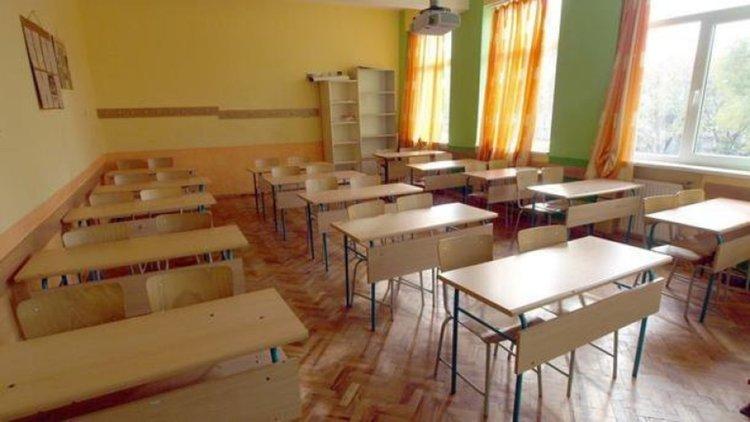 Ваканцията продължава до неделя във всички училища