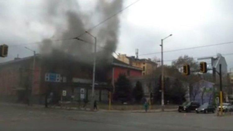 """Пламна """"Син сити"""" в центъра на София"""