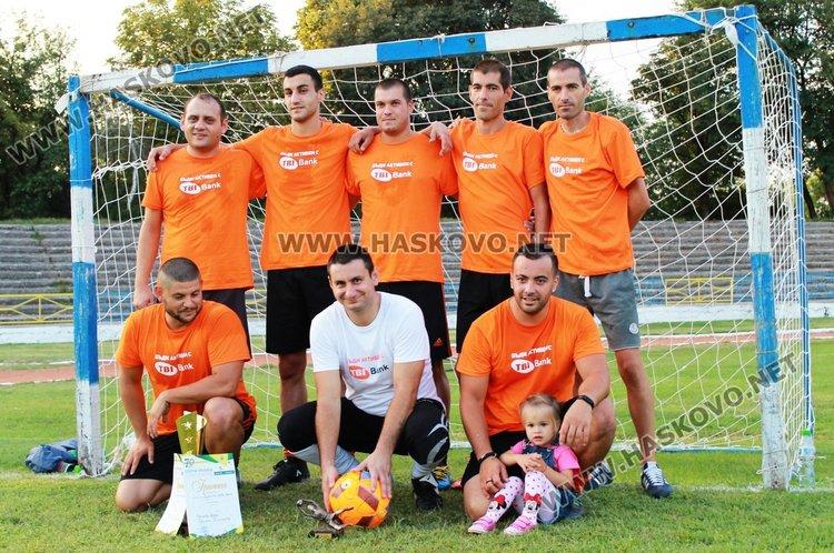 """Отборът на """"Ти Би Ай Банк"""" се класира първи в турнира по футбол на малки врати"""