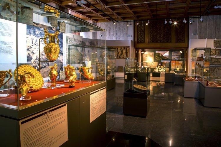Златните тракийски съкровища се завърнаха в НИМ