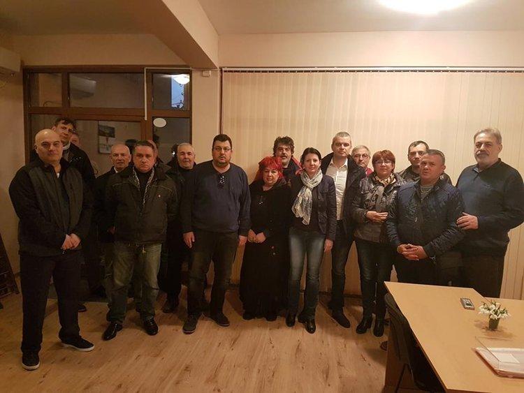 """част от учредителите на """"Възраждане"""" в Хасково"""