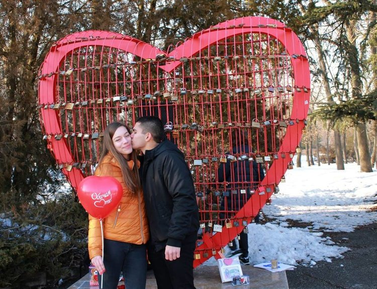 Победителите ще бъдат наградени на 14 февруари край Металното сърце