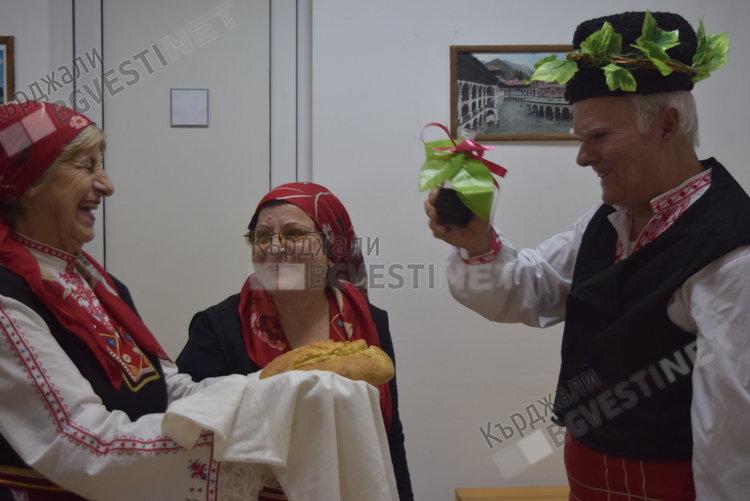 Кърджалийци се точат за Трифон Зарезан, общината кани винари на конкурс