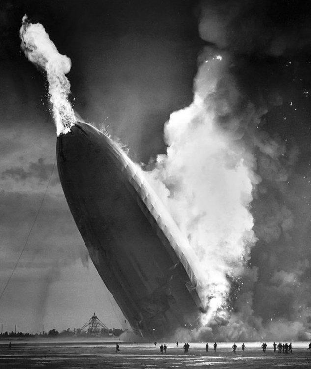 """Краят на дирижаблите: катастрофата """"Хинденбург"""""""