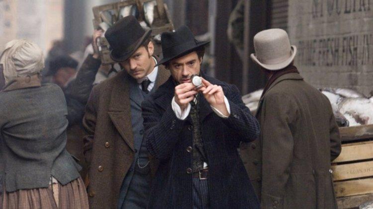 Шерлок Холмс вади лупата за трети пъти през 2020 г.
