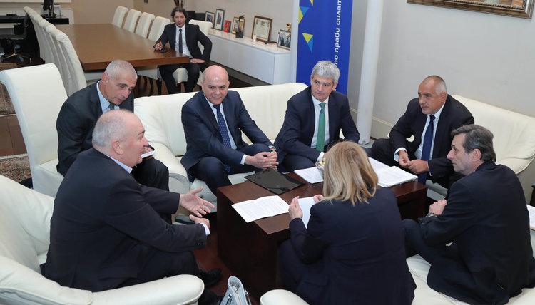 Борисов към синдикатите: Трябва да се работи за увеличаване на доходите на хората