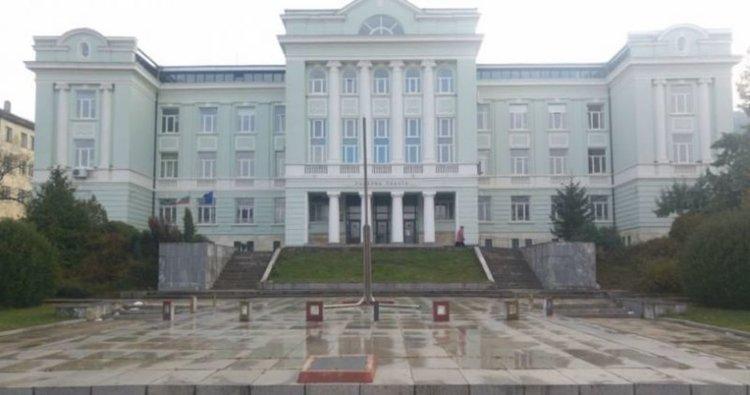 Задържаха мъж, убил нападател при самозащита в Шумен