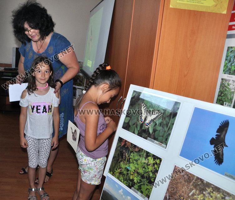 Учат деца как да помогнат на ранено диво животно