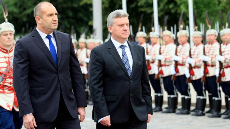 Радев: Надявам се приоритетите ни спрямо Македония да не се свеждат само до прегръдки