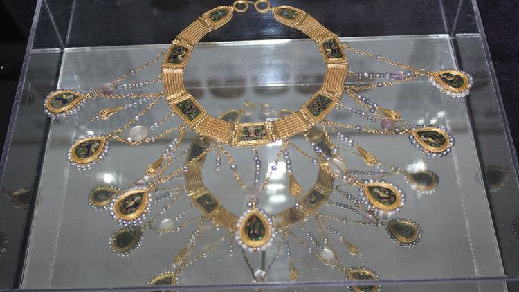 Преславското съкровище гостува в Лувъра