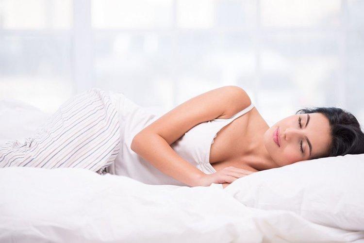 Най-добрите храни и напитки за здрав сън