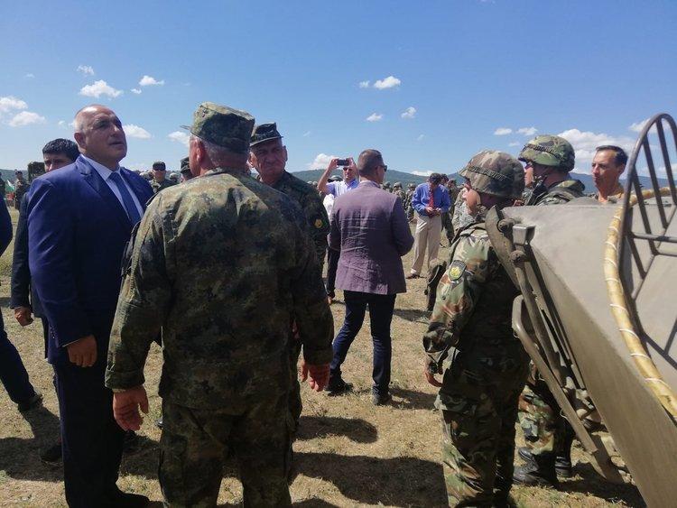 """Борисов прие края на многонационалната подготовка в """"Ново село"""""""