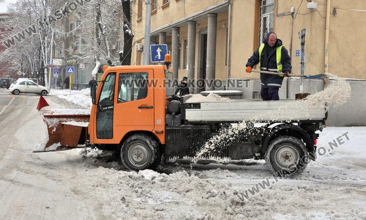 Търсят кой ще чисти през зимата в Хасково за половин милион