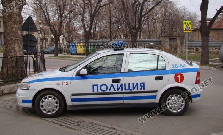 """Задържаха телефонен измамник, две жени """"олекнаха"""" с 24 000 лева"""