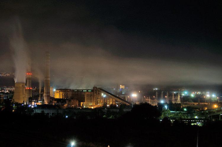 Изгарят ли се боклуци в ТЕЦ Република? Ето какво дишат в Перник