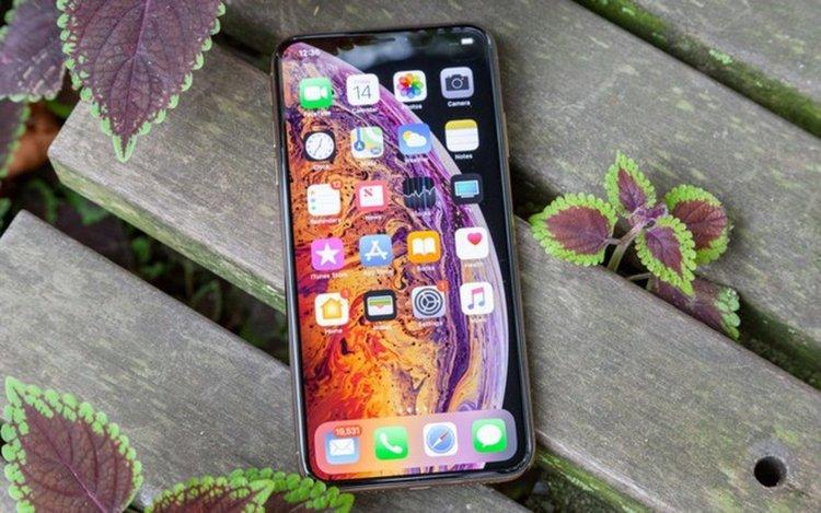 Дефекти се появиха в новите iPhone XS и XS Max