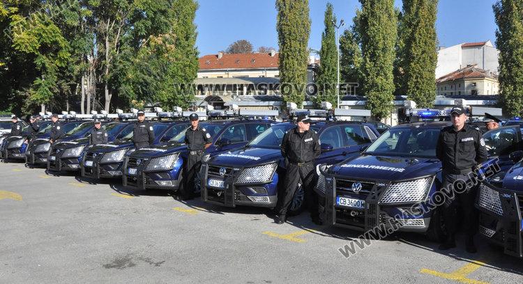 Полицията и Жандармерията в Хасково получиха 53 нови коли
