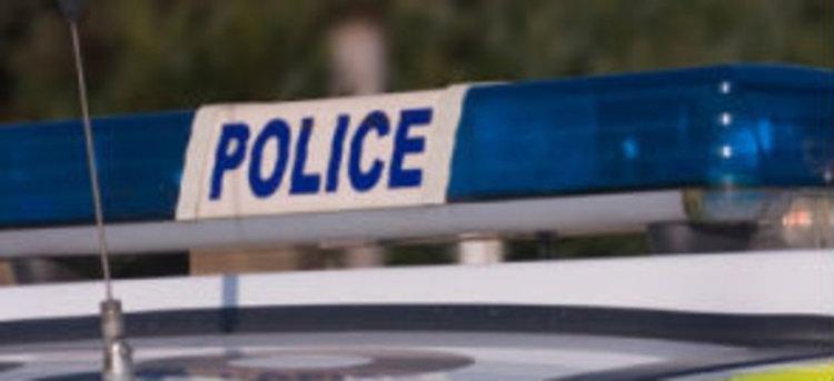 Пиян се опита да избяга от полицейски патрул и се блъсна в ограда