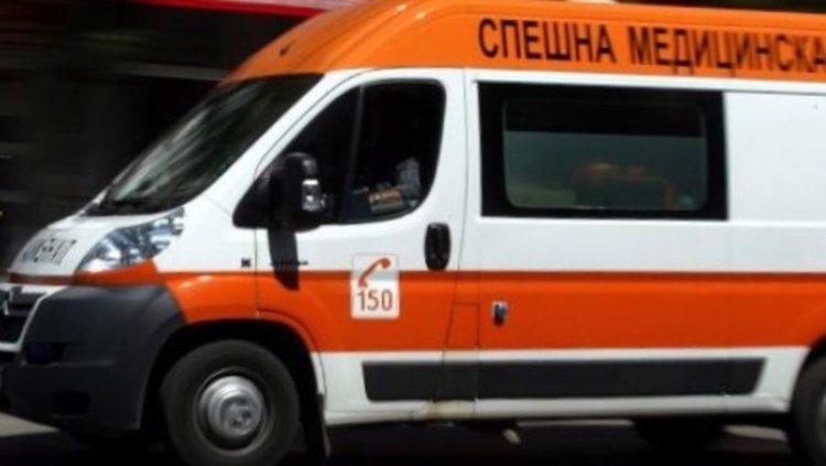 """Велосипедист издъхна след удар от кола на ул. """"Цар Иван Асен II"""""""