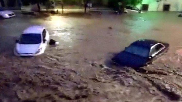 Внезапно наводнение и кална вълна взеха жертви на Майорка