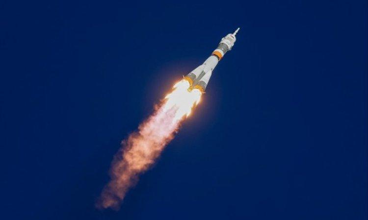 """Авария с ракетата """"Союз"""", капсулата с екипажа се приземи"""