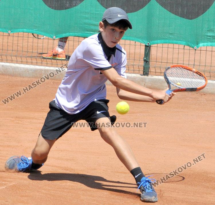Адриано Дженев на второ място в силен турнир в София