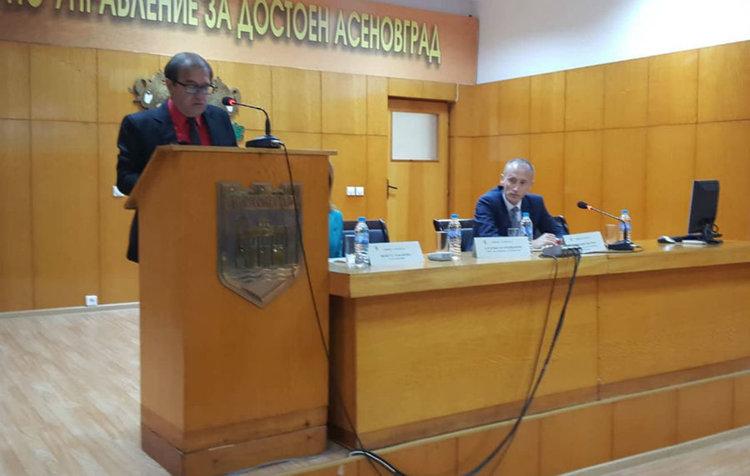 Министър Вълчев в Асеновград: Без добро взаимодействие между държава и местна власт няма да се постигне целта на Механизма за обхват на учениците