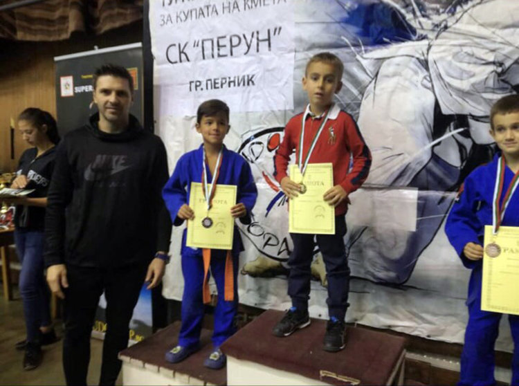 Джудистите на Хасково №1 в международен турнир в Перник