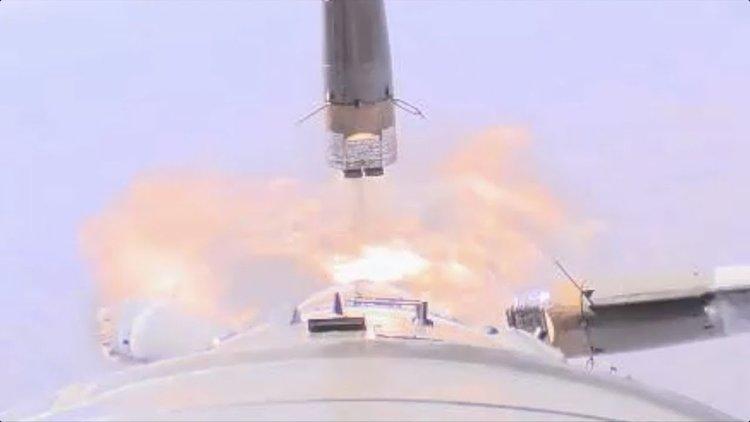 Кадри от камера на борда на Союз-МС10 показват аварията (видео)