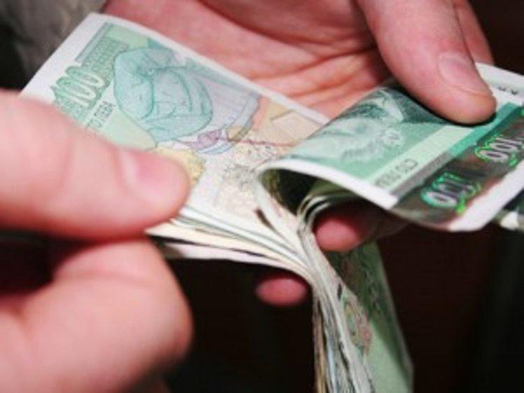 Бум на неплатените кредити към банки