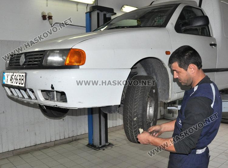 Механик: шофьорите слагат зимни гуми не заради закона, а за безопасност