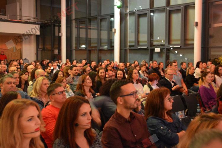 """Доброто продължава: Асеновградчани във Франкфурт присъединиха сънародници към каузата """"С любов за Ева"""""""