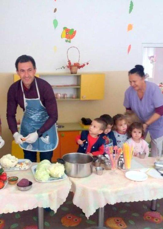 Кметът на Златоград в кулинарна акция