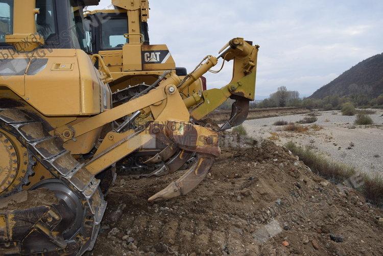 Никола Чанев и Сабихан Мехмед направиха първа копка на възстановяването на дига на Крумовица