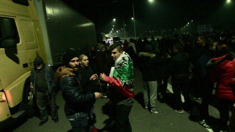"3 часа блокада на Перник и АМ ""Струма"""
