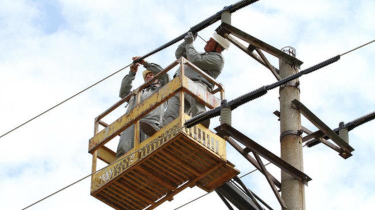Планирани изключвания на тока в Първомай до средата на декември – вижте кога и къде