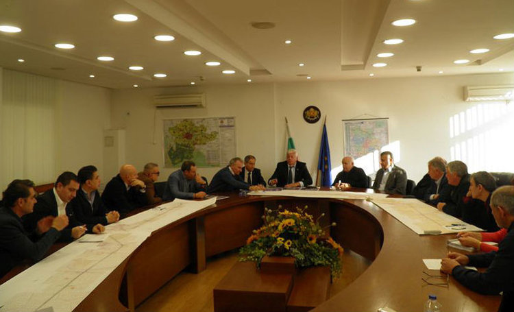 """""""Бизнесът за Пловдив"""" финансира проектирането на кръгово на две нива на пътя Пловдив - Асеновград"""