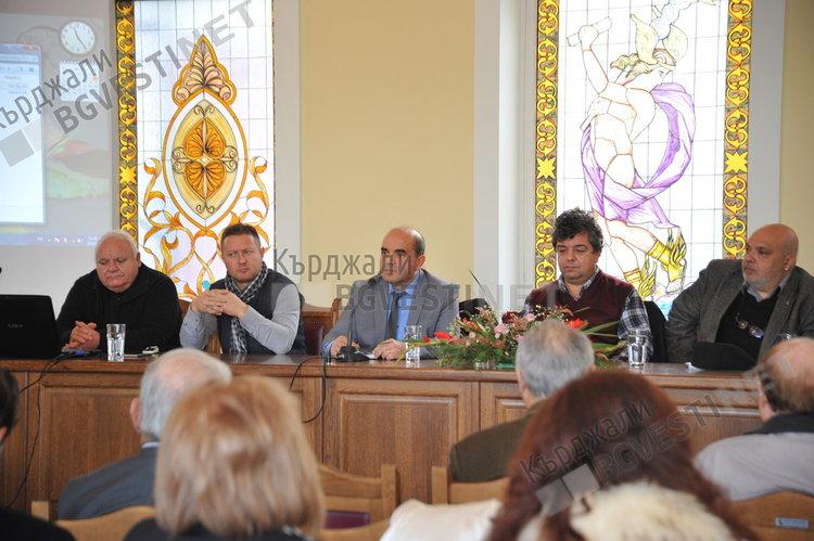 Гърция се учи от български етнически модел