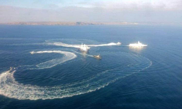 Украйна праща военни кораби през Керченския проток
