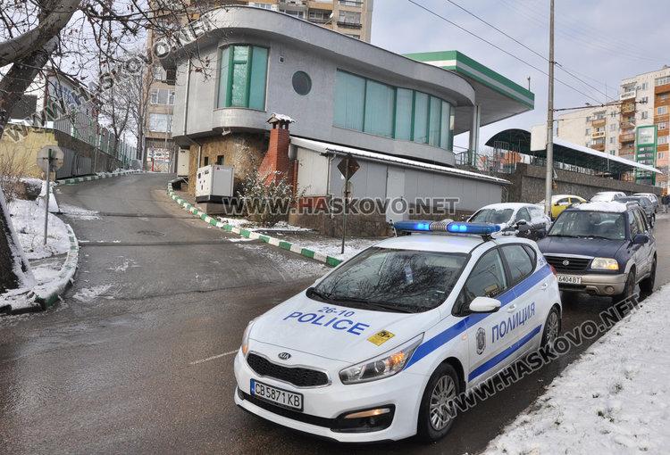 """Джип не спря на """"Стоп"""" и засече такси по булевард """"Васил Левски"""""""