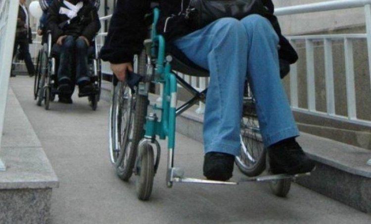 Хората с увреждания над 18 години вече ще получават добавките си от АСП