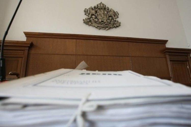 Депутатът Димитър Аврамов с обвинения за търговия с влияние
