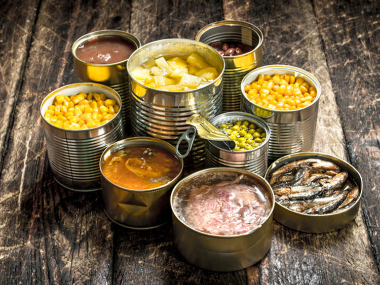 8 храни, които да не ядете след изтичане на срока им