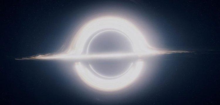 """Гаргантюа - черната дупка в """"Интерстелар"""""""