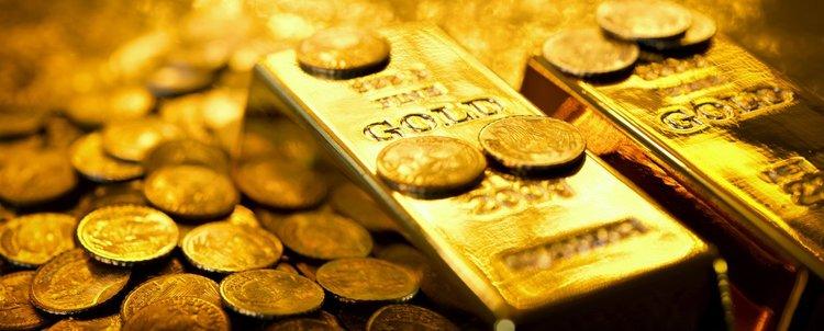 Французин поръча бански за жена си, получи пратка злато