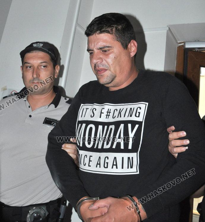 Рецидивист застава пред съда за 4 кражби в Хасково