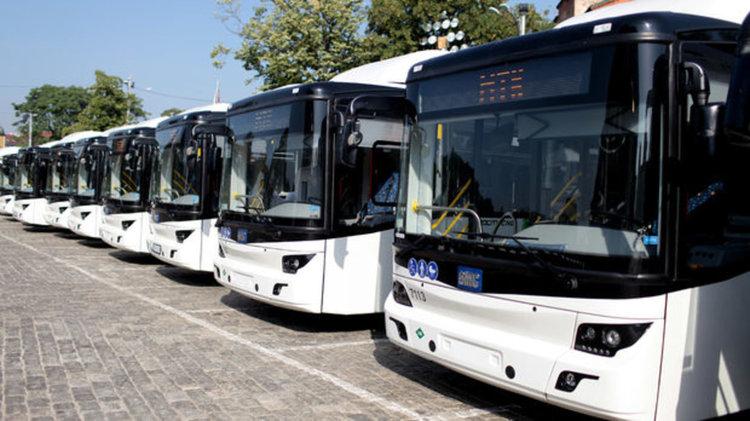 Горанов ще предложи всички фирми за автобусни превози да се регистрират по ДДС