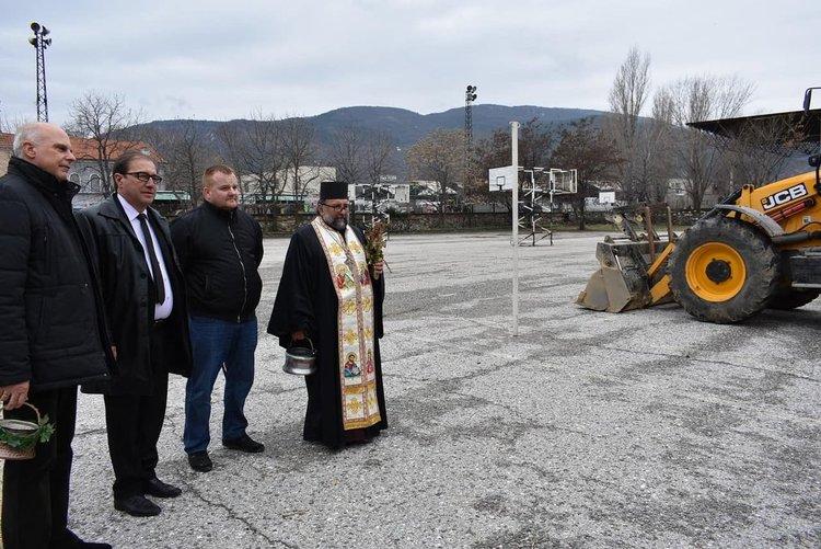 Старт на ремонтите в пет детски и учебни заведения в Асеновград