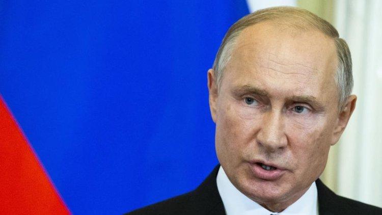Путин уволни девет генералa