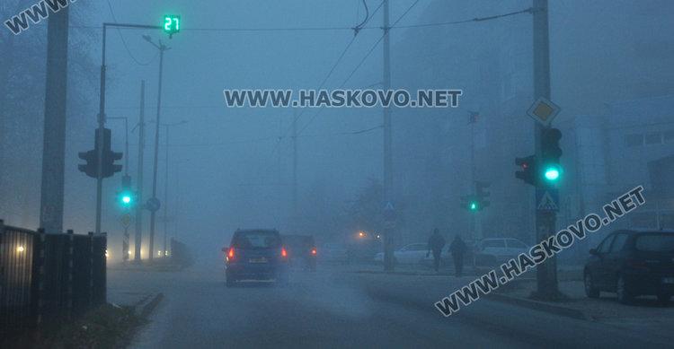 Новата седмица започва с топло време, сутринта мъгла